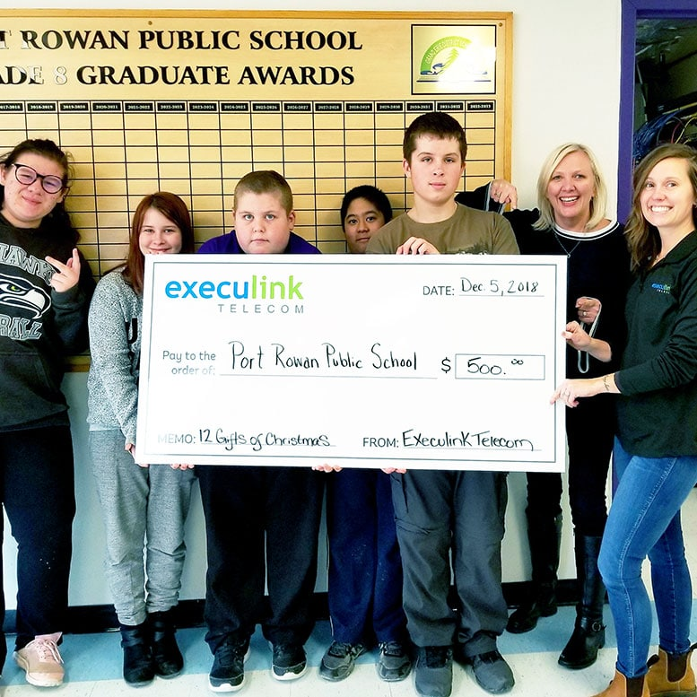 Execulink cheque donation to port rowan public school